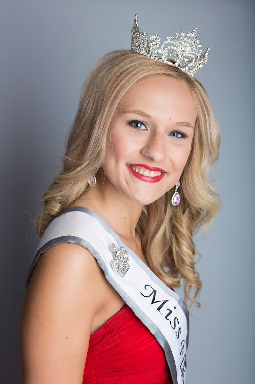 2015 Fisher Fair Queen